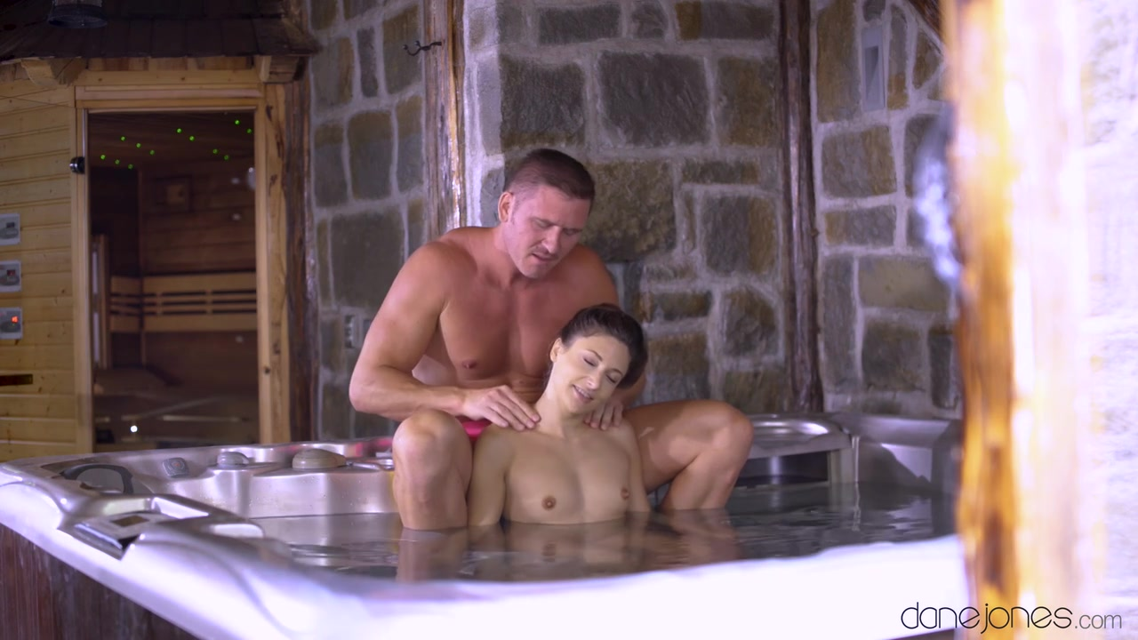 4 In Jacuzzi Porno free hd jacuzzi quickie with random harlot porn video