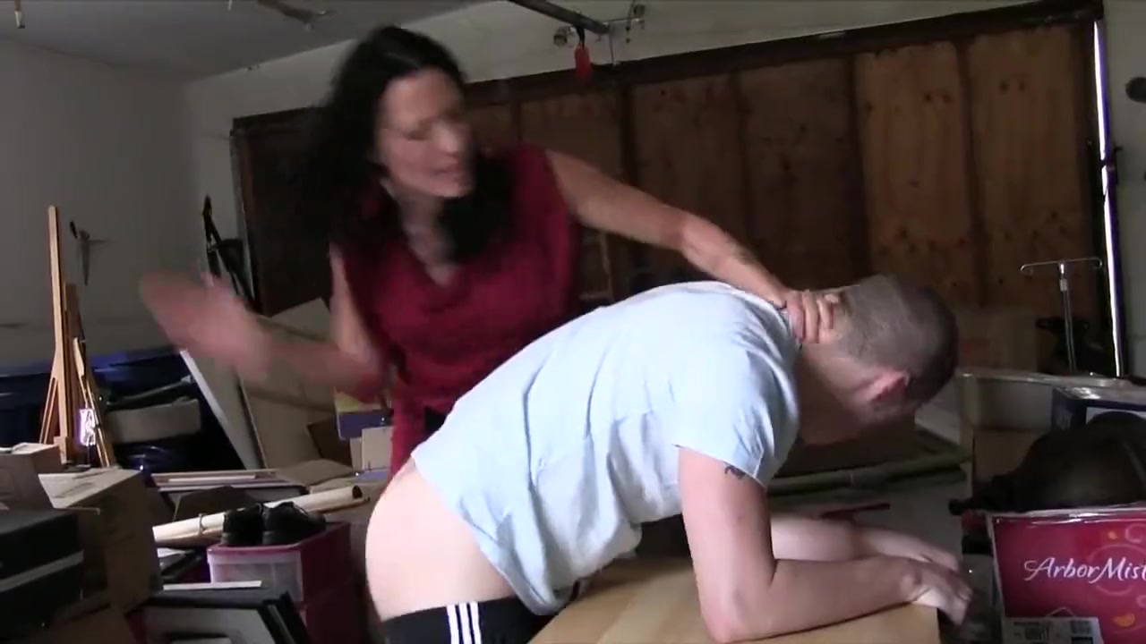 Horny Step Mom Fucks Daughter