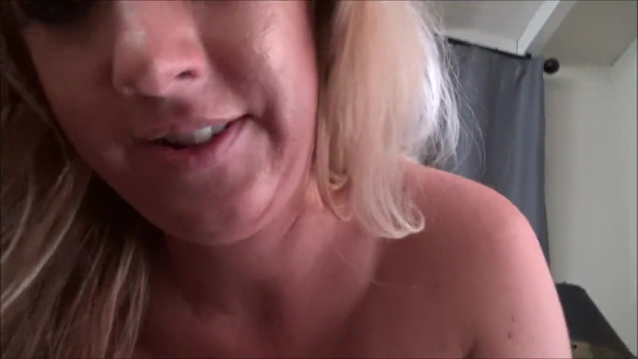Mom Masturbates Front Son