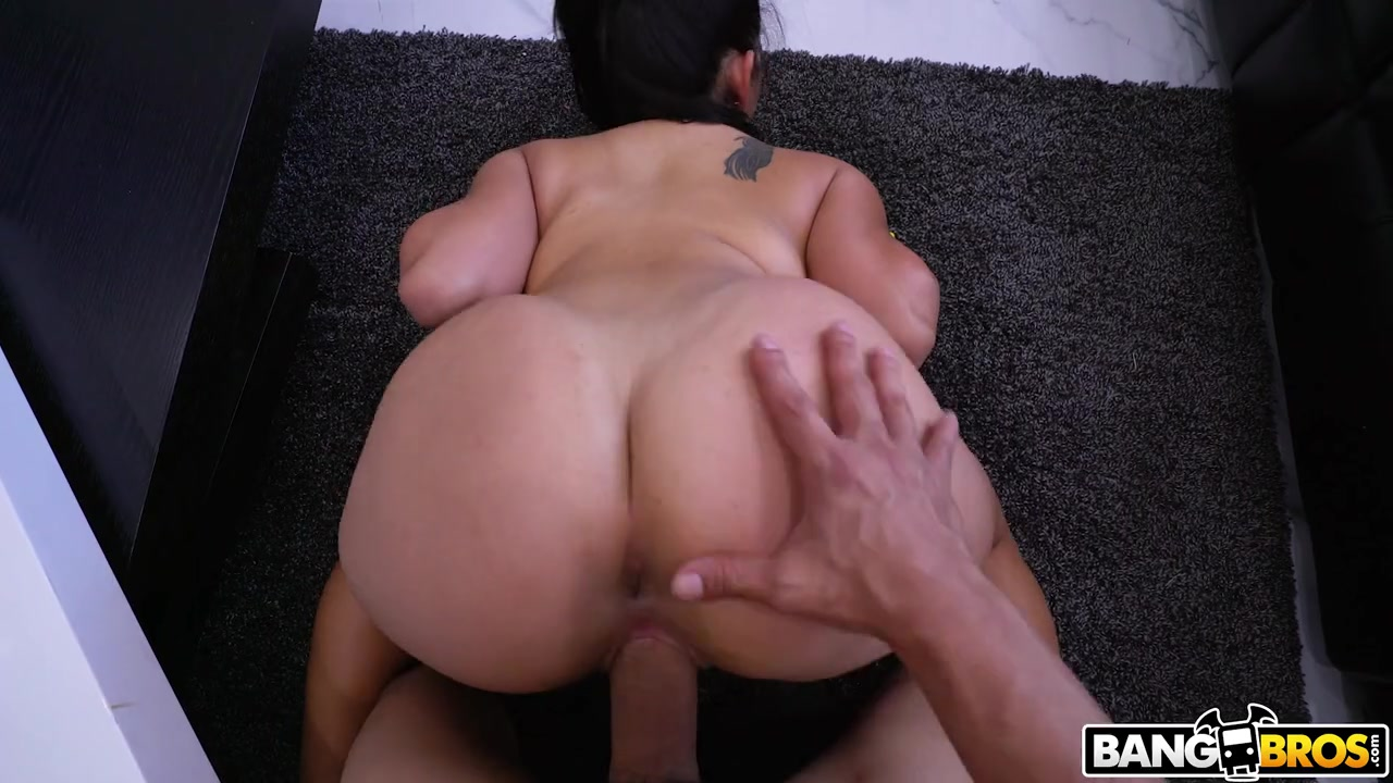 Short Latina Gets Fucked