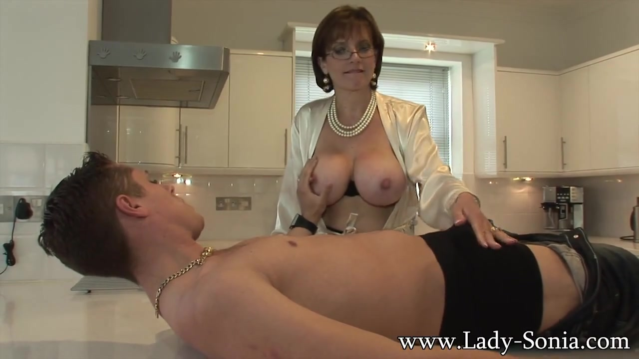 Lady sonia video