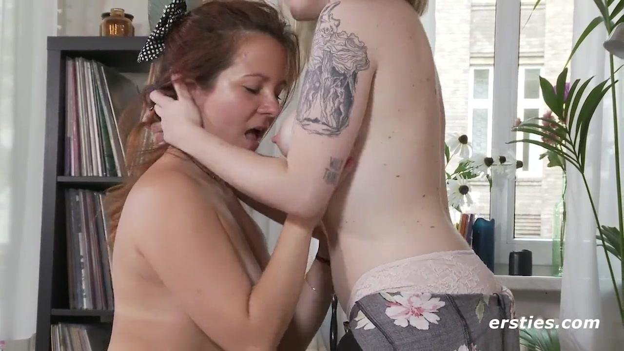 long amateur lesbian hd