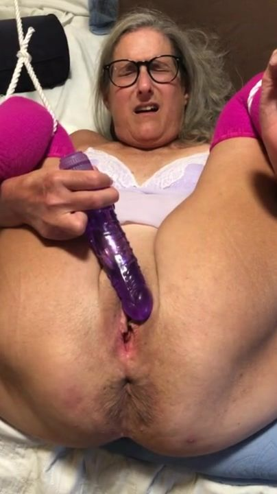 Bbw Hairy Pissing Close Up