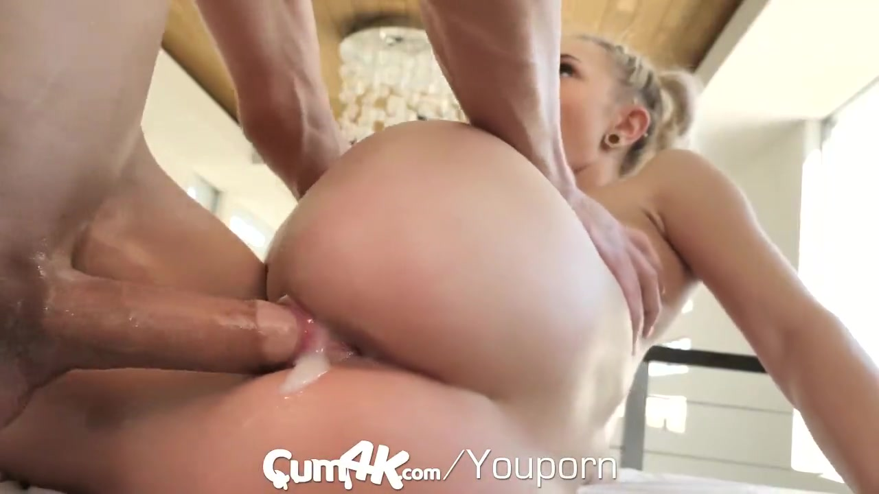Fucking Cum Filled Pussy