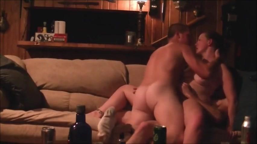 Amateur Milf Threesome Dp