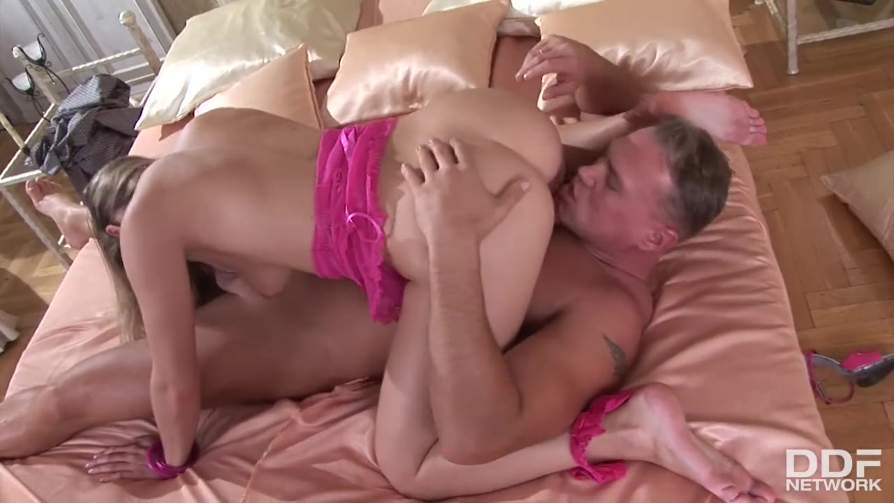 Anal Blonde Fuck free hd blonde sensation katy caro spreads her endless legs