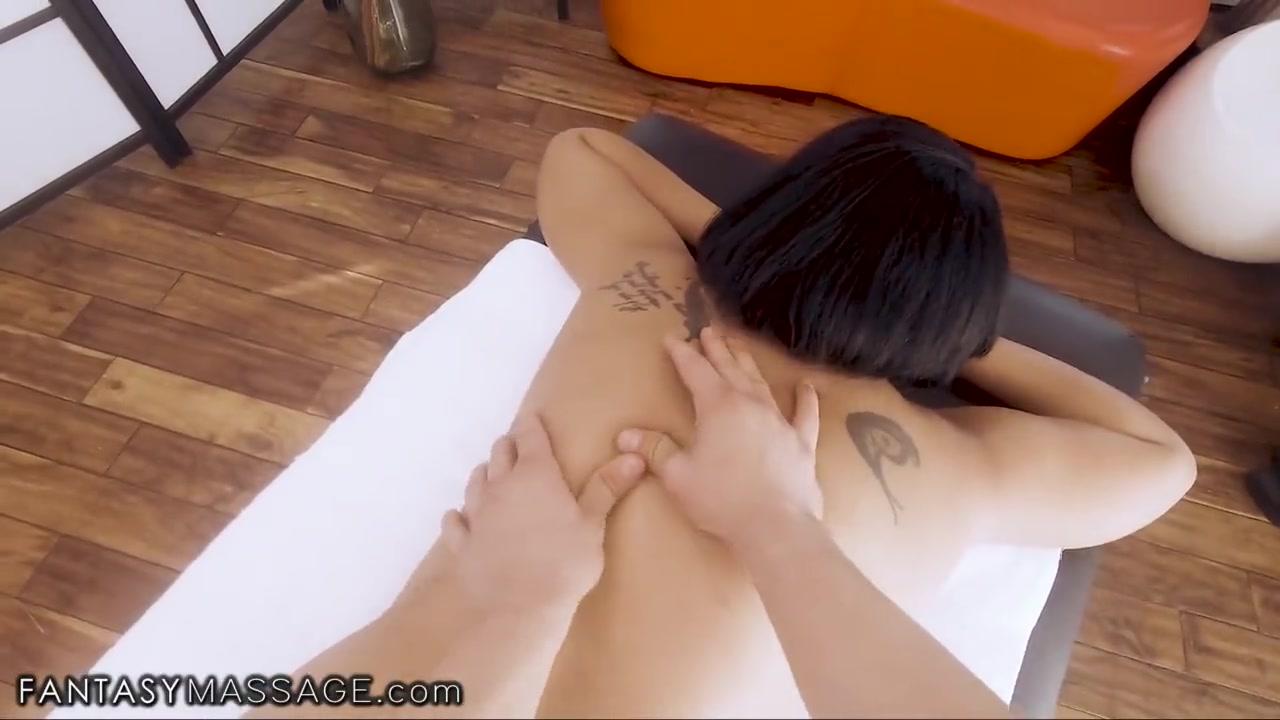 Huge Natural Tits Dildo