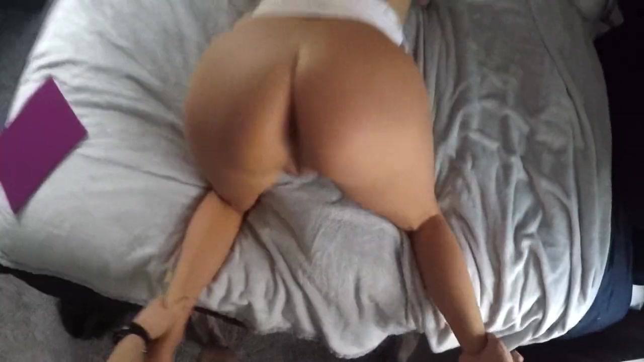 Fucking My Girlfriend Hot Mom