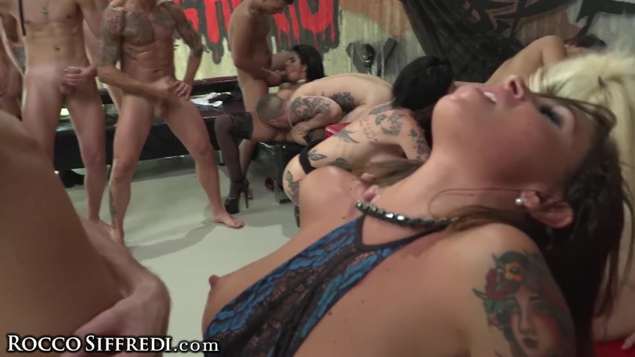 Orgy Swinger Group Sex Party