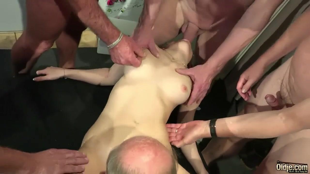 Gang bangs cum in pussy free porn sites
