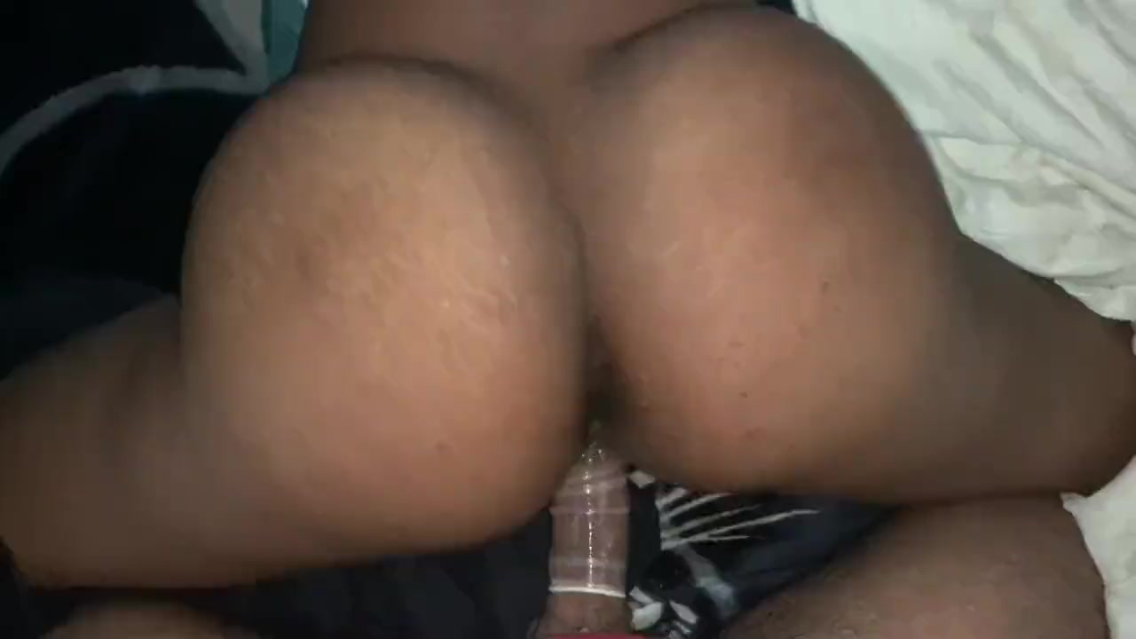 Bubble Butt Teen Twerking Dick