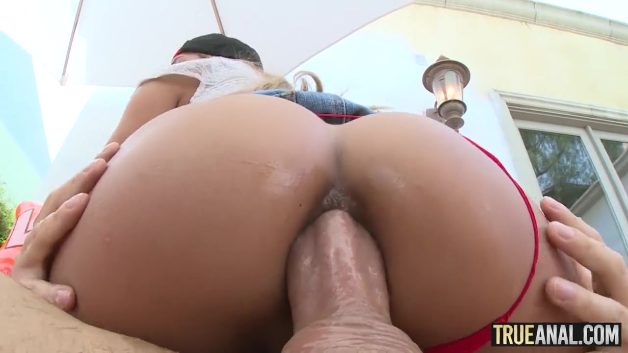 Chloe Amour Johnny Sins