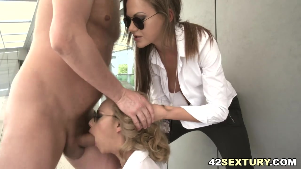 Anallized Porn free hd fbi agents eat ass and analized porn video