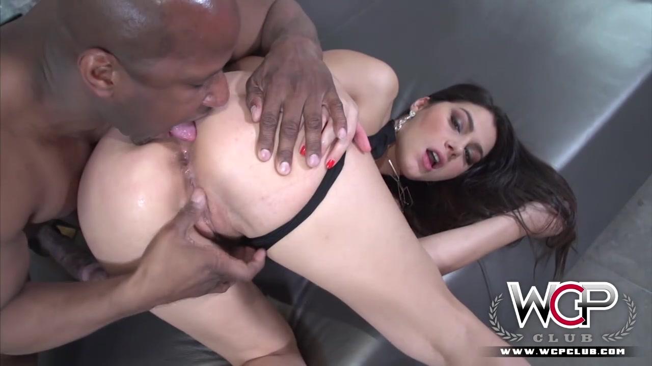 Sad Girl Fucks Her Pussy